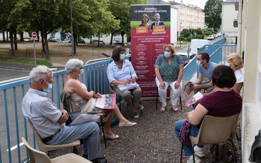 Réunions citoyennes à Chargé & Amboise